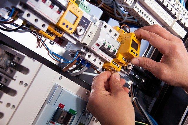 Strompreis vergleichen Scharfbillig – endlich sparen.
